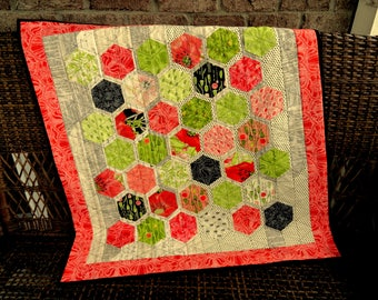 """Hexagon Trail (33"""" X 35"""") Throw, Lap Quilt, or Baby Quilt"""