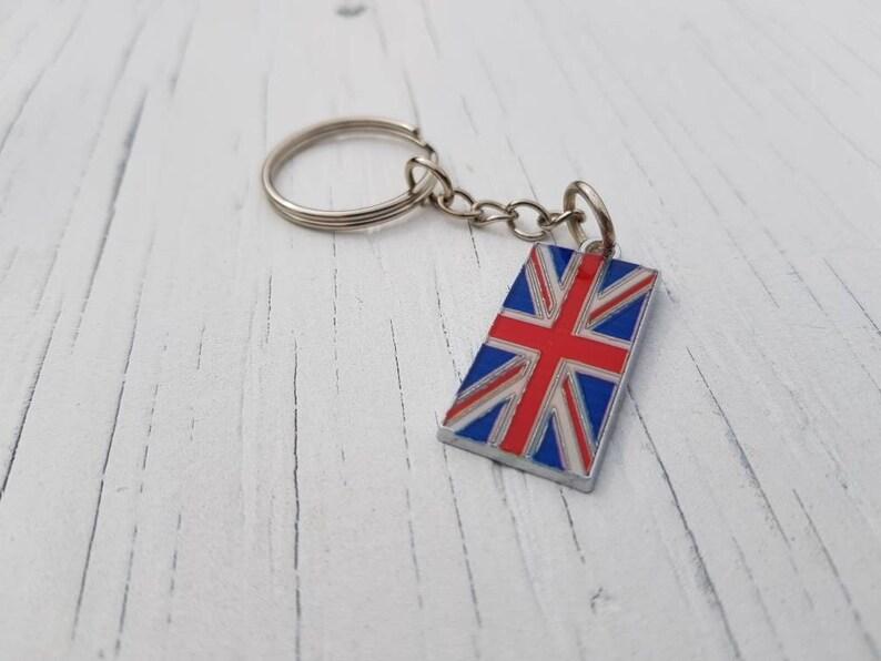 12 BRITISH SOUVENIRS KEY CHAINS LONDON SILVER BIG BEN KEY RING BIG BEN KEYRING