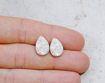 Set of 4 White Bridesmaids Earrings, Mystic White Colored Faux Druzy Studs, Chunky Tear Drops, Wedding Jewelry Bridal Party Gifts