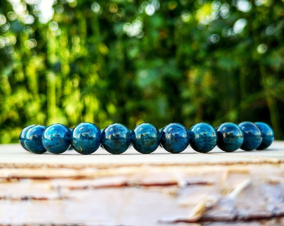 Blue apatite bracelet for women, Handmade gemstone bracelet, Jewelry bracelet for her, 8 mm Blue apatite beads, Gift for her