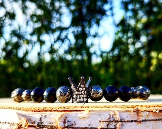 Black crown stretch bracelet for women, Luxury gift bracelet for women, 8 mm Dark blue tiger eye bracelet