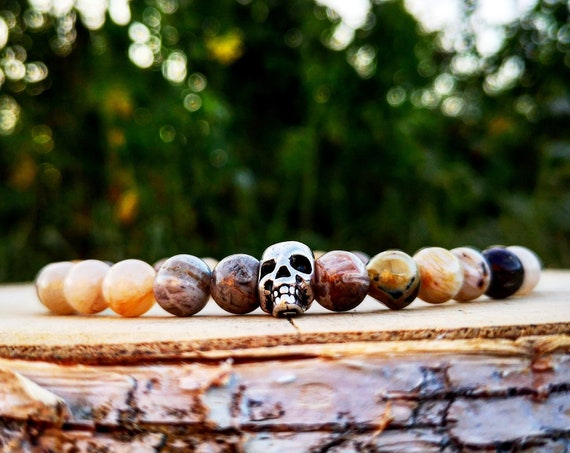 Skull bracelet for men, Skull bracelet for women, Beaded skull bracelet, Bamboo leaf Stone bracelet, Stretch bracelet, Gift for him and her