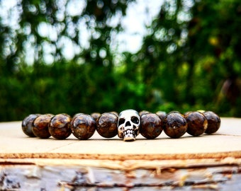 Brown beaded skull bracelet, Skeleton bracelet, Mens bracelet, Gift for men, Women bracelet, Brown bracelet, Elastic bracelet