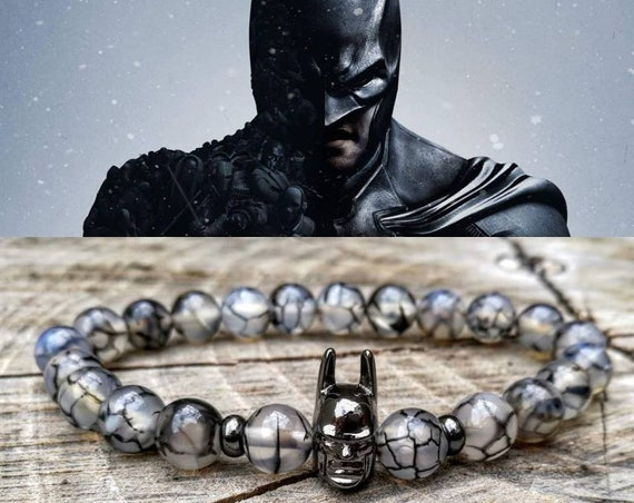 Men's batman beaded bracelet, DC Comics bracelet, Hero bracelet, Gift for him and her, Women batman beaded bracelet, Gift bracelet