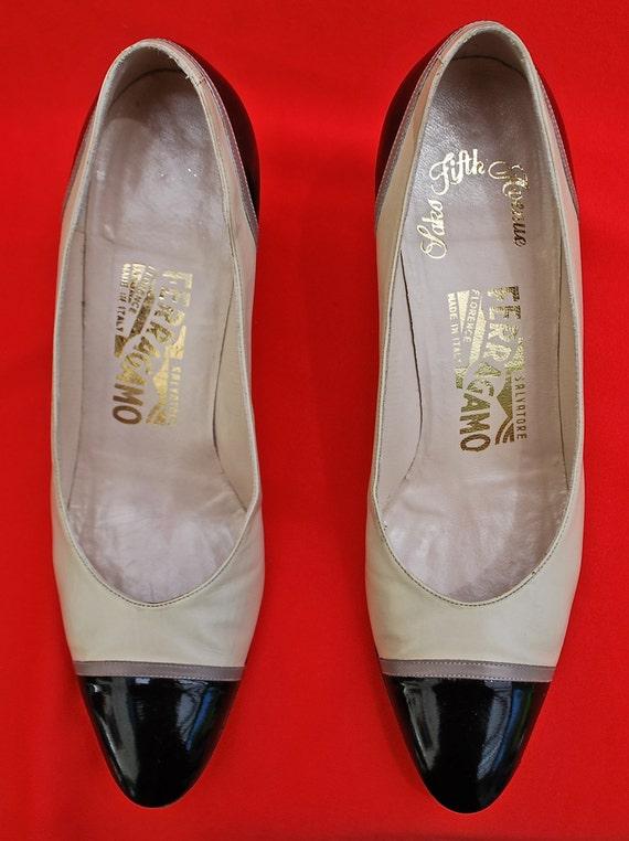 5034a904fc033 Ferragamo Women's Dress Shoes/Women's Bone and Black Patent Leather Dress  Pumps/1980s Women's Shoes/Size 7-1/2 AAA Women's Shoes