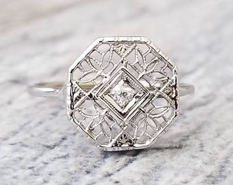 Sweet 14kt Art Deco Style Vintage Diamond Ring