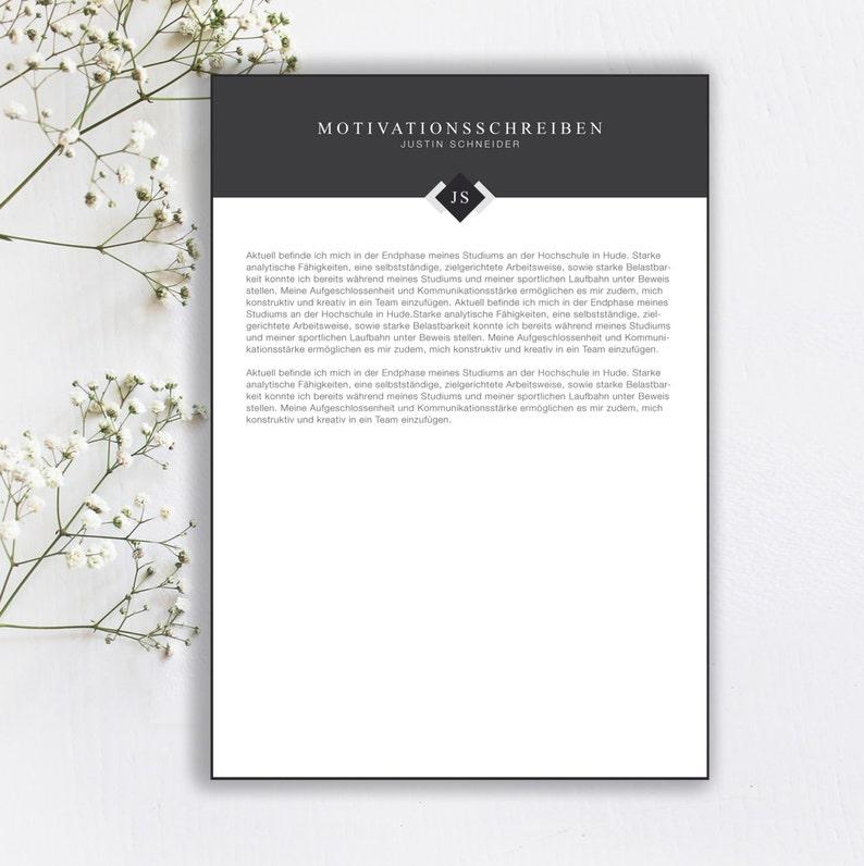 Application template minimal chart in the color Moon GreyEnglish CV template