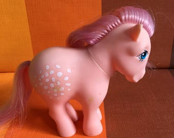 Vintage G1 My Little Pony Cotton Candy Hasbro Made in Italy 1982 Pink Body Pink Hair White Speckles