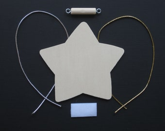 Accessory packet for Christmas tree wall hanging