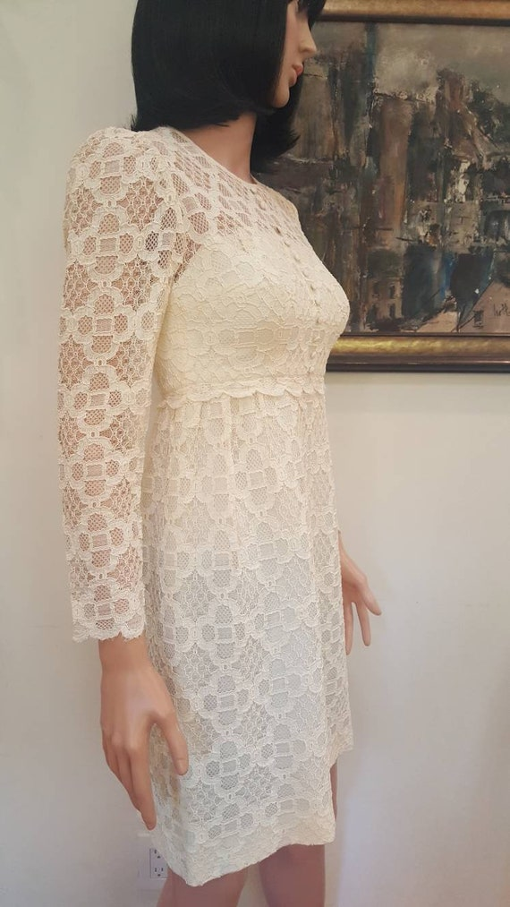 Gorgeous Vintage '60s Off White Floral Lace Lined… - image 4