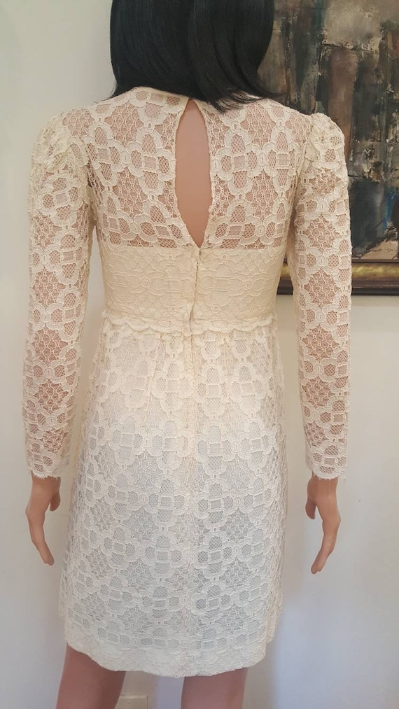 Gorgeous Vintage '60s Off White Floral Lace Lined… - image 6