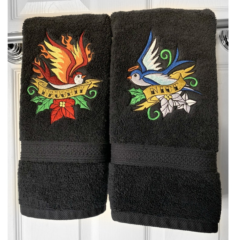 Naughty or Nice Hand Towel Set image 0