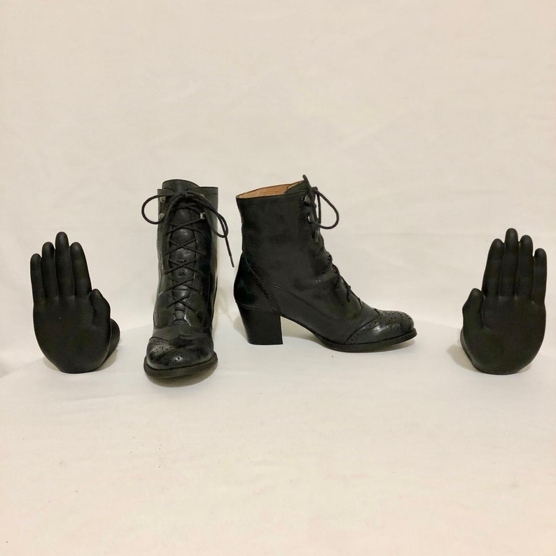 Size 6 Short Smoke Black Genuine Leather 1990s Women Low Heel Vintage Ankle Boots Lace Up Ankle Boots By Nine West.