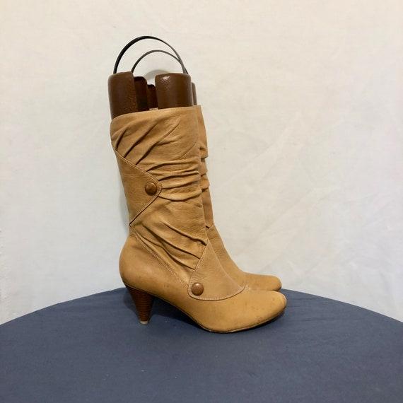 Vintage Boots. Size 7.5m Brown Mid Calf Genuine Le