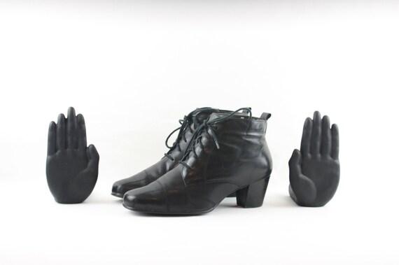 Vintage Ankle Boots. Size 9.5 Short Black Genuine