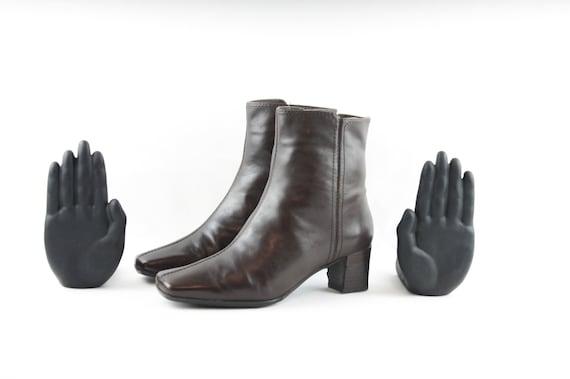 Vintage Boots-Size 7.5 Boots-Vintage Womens Wear-W