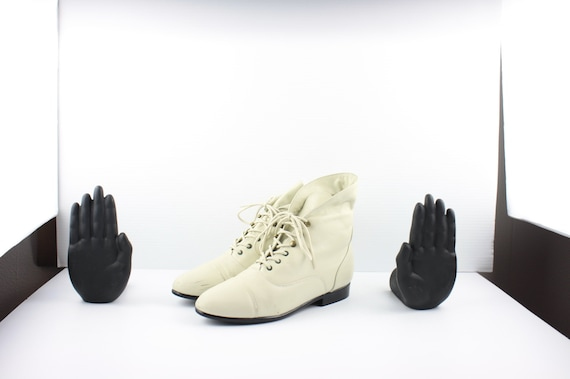 Size 8.5 Boots-Vintage Women's Maine Woods Boots-… - image 5
