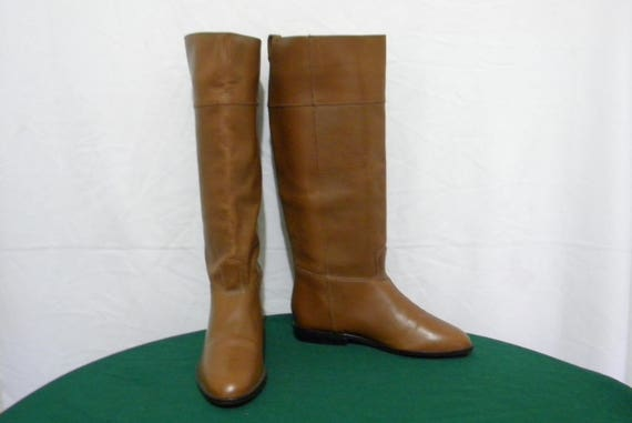 Women Sz 6-Vintage boots-Tall Flat boots-Leather b