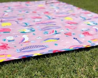 Around Oz Collection - Big Things Picnic Blanket (multi-colour border print)