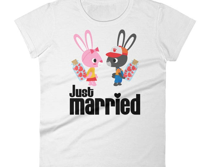 Just Married Rabbit Couple Women's short sleeve t-shirt, Newlyweds,Just married,Honeymoon,couple,wedding, Honeymoon Gifts Idea,Newlyweds Tee