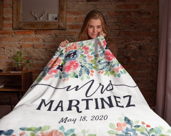 Honeymoon Personalized Blankets | Mrs Floral Wedding Blanket | Personalized Mr and Mrs Floral Throw Blanket | Personalized Family Blanket