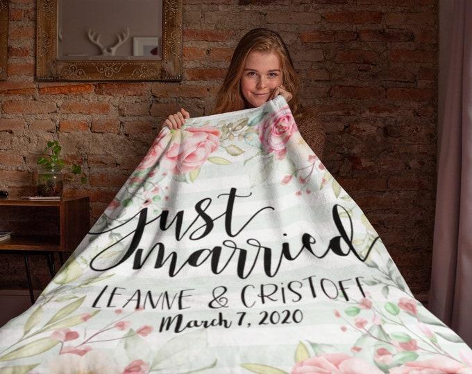 Floral Just Married Throw Blanke, Personalized Wedding Blanket, Wedding Gift, Bride and Groom Blankets, Newlywed Gifts, Personalized Wedding