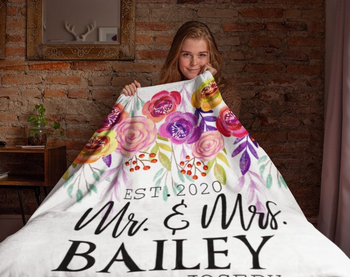 Custom Floral Wedding Blanket | Personalized Mr and Mrs Floral Throw Blanket | Personalized Blanket for Adults | Personalized Family Blanket