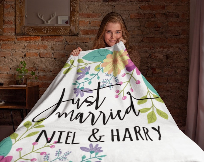 Just Married Throw Blanket, Personalized Wedding Blanket, Wedding Gift, Bride and Groom Blankets, Newlywed Gifts, Personalized Wedding
