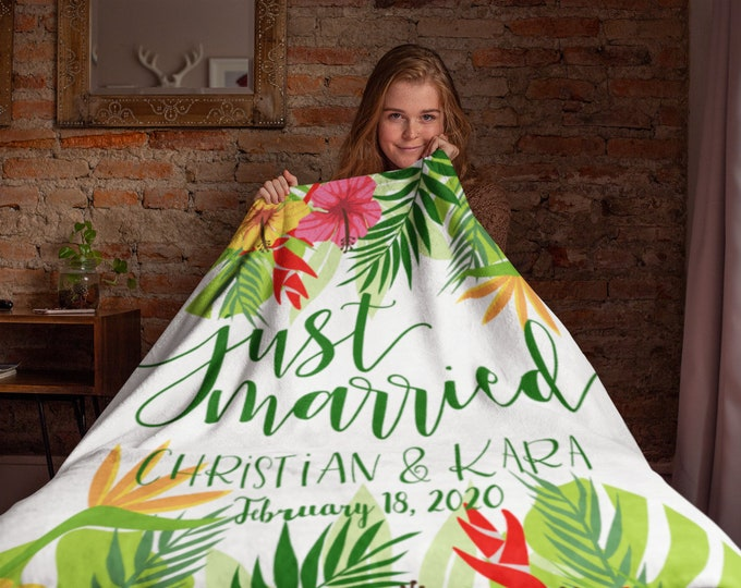Custom Wedding Gift Blanket, Personalized Wedding Blanket, Wedding Gift, Bride and Groom Blankets, Newlywed Gifts, Personalized Wedding