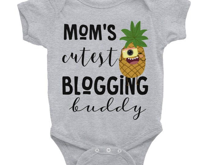 Mommy's Buddy Baby Nappy , mommy and baby, mommy baby Bodysuit, cute mommy baby, mommys buddy, mommy's blogging buddy, cute baby snapsuits