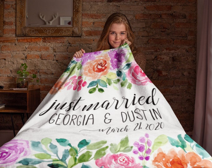 Just Married Throw Blanket- Personalized Wedding Blanket | Bridesmaid Gift - Bride Gift - Engagement Party Decorations - Honeymoon Gift