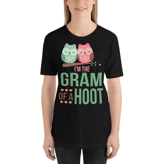 Owl Grandma of a Hoot Short-Sleeve Unisex T-Shirt, Gifts for Grandma Gift Idea, New Grandma Gift, Gifts for Grandma, Grandma to be