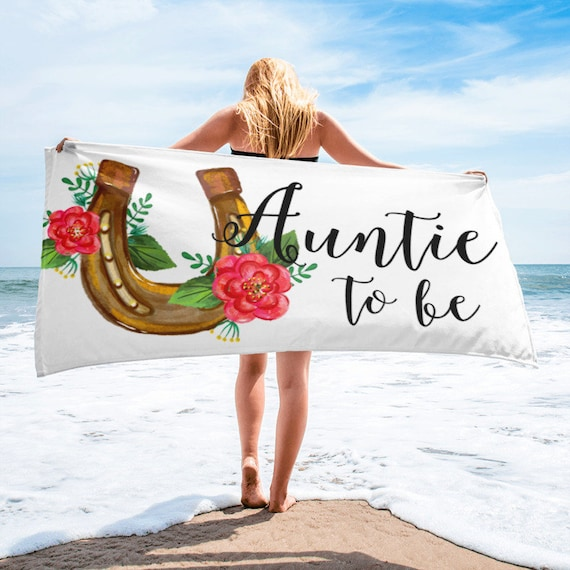 Auntie to be Horseshoe Beach Towel, Floral Pregnancy Announcement, You're An Auntie To Be, Aunt Life, Pregnancy Announcement, New Aunt Gift