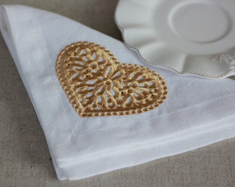 Set of 6 Linen Napkins with an gold embroidered heart, Wedding Napkins, Reusable Celebration Napkins, Linen Napkins Cloth, Holiday Napkins