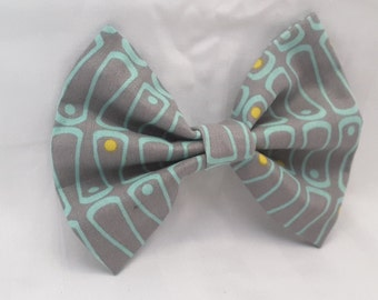 grayish mint hair bow, hair accesories, fabric hair bow, hair clips