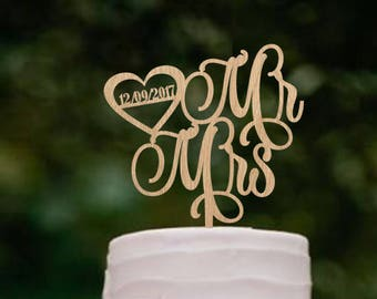 Cake topper for wedding Custom Mr & Mrs cake topper Rustic wedding cake topper Personalised mr and mrs cake topper Cake decoration golden
