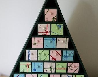 Ribbon Advent Calendar Tree