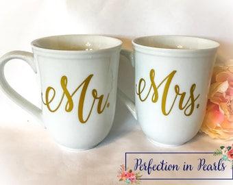 Mr. and Mrs. Coffee Mug Set // Couple Mug Set //  Wedding Gift // Bridal Shower gift // Anniversary gift