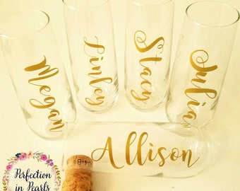 Personalized Stemless Champagne Glasses // Bridesmaids Gifts // Hostess Gifts // Wedding Party Gifts // Bachelorette Party // Birthday Gift