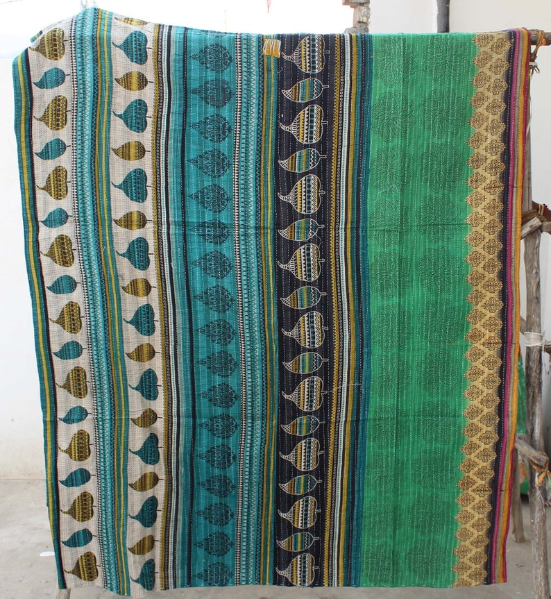 Handmade Kantha Quilt Reversible Kantha Blanket Indian Sari Kantha Throw Bohemian Kantha Bedspread Hand Stitched Bed Cover