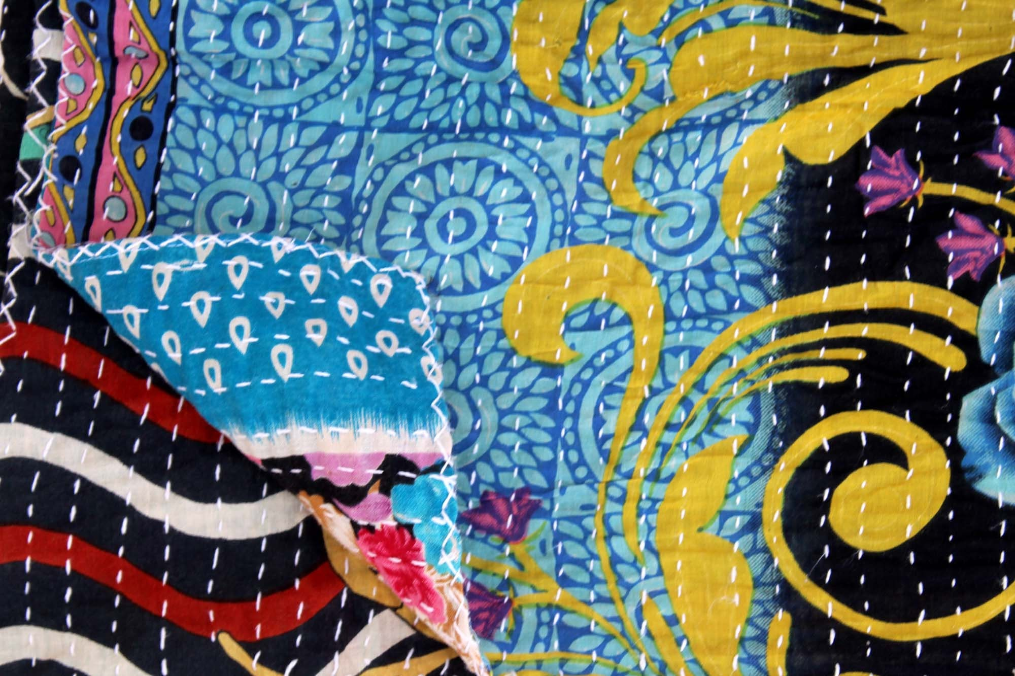 Couette réversible main cousu Kantha jet Vintage Patchwork couette couvre-lit coloré roi coton Kantha couvre-lit