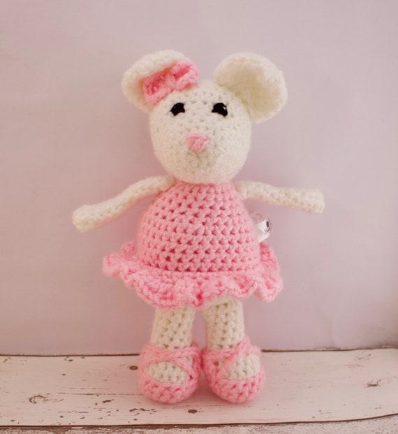 Annoo's Crochet World: Angelina Ballerina | 621x570