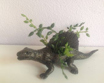 Donnie, the black and silver dimedron with realistic plant | black and gold planter | sparkly succulent planter | great for the office