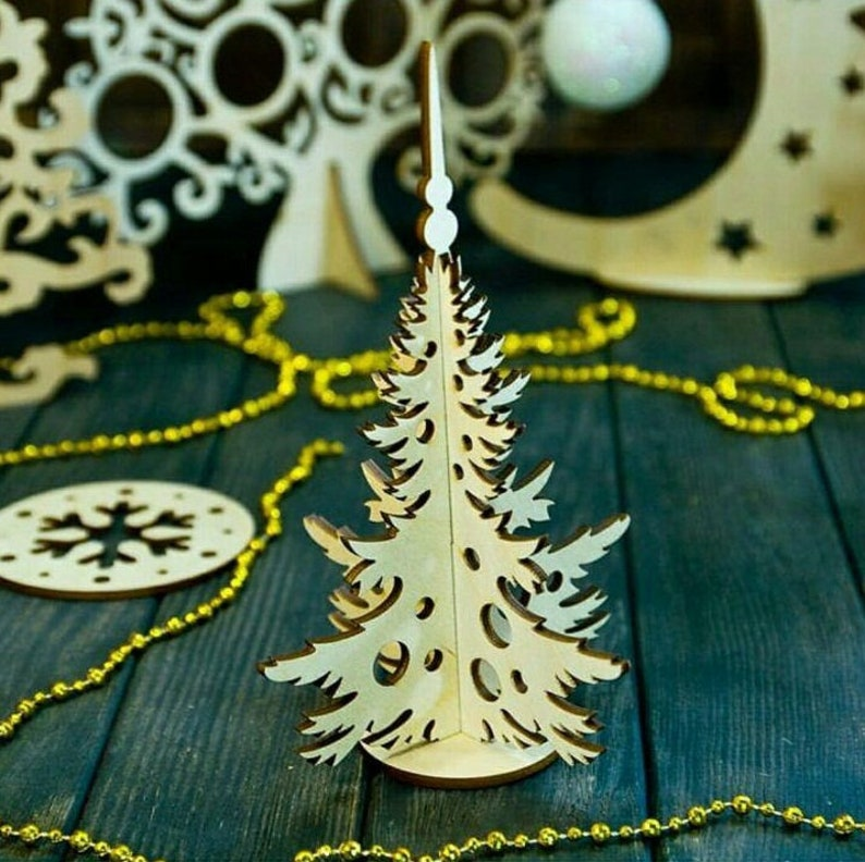 Wooden Christmas tree for laser cut project plan