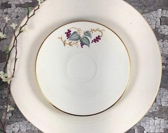 Vintage Strawberries n/' Cream Stoneware B/&B Plates E9364 Set of 3