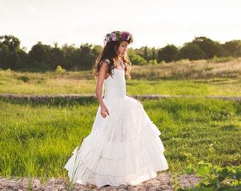 a618966dac2 Boho Junior Bridesmaid Lace Maxi Dress Bohemian Rustic Tween Flower Girl  Dress Ruffle Sleeves Holy First Communion Princess Dress Versaille