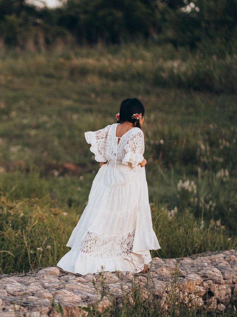 Boho weiß Maxi-Kleid Vintage Spitze Junior Brautjungfer | Etsy