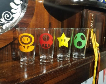 Super Mario inspired pint glass set / Video game pint glass / beer glass