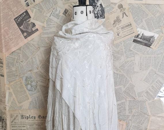 Vintage 20s silk shawl, embroidered, Art Deco