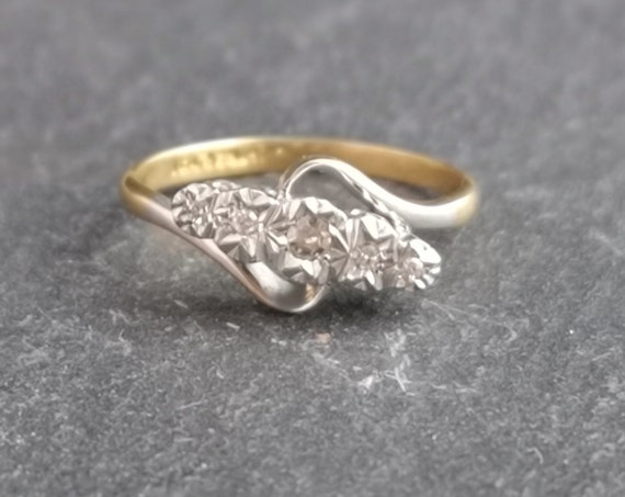Vintage Art Deco diamond ring, 18ct gold and platinum, engagement ring